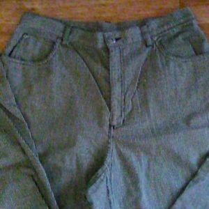 Black and white Liz Claiborne lizwear jeans
